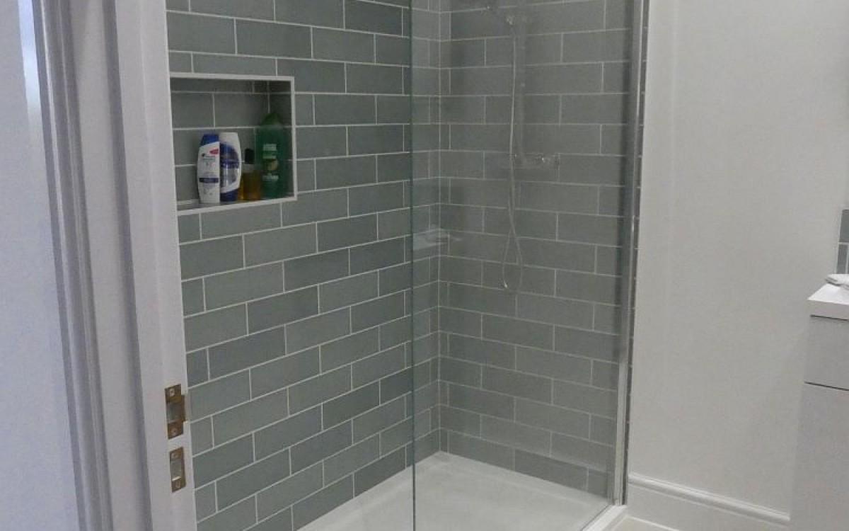 07 - Shower