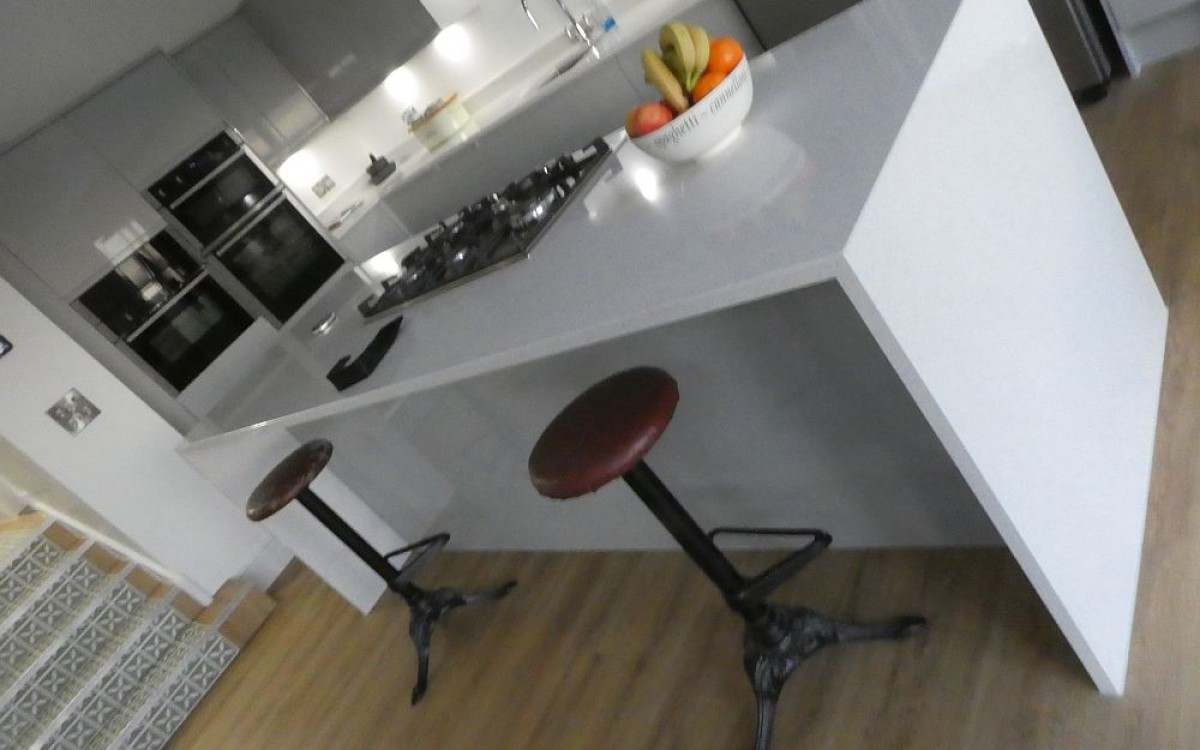 08 - Kitchen